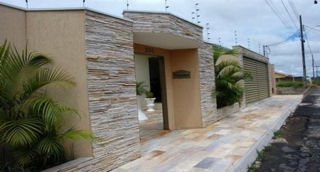 Muros e Fachadas de Casas Simples e Modernas