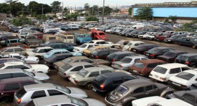 Como participar de leilões de carros