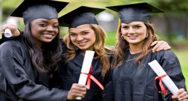 Como revalidar seu diploma de graduação